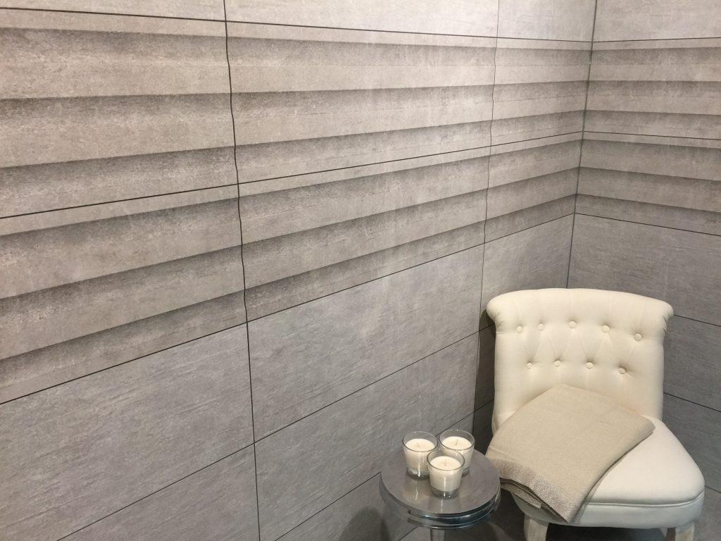 Badkamer Tegels Aanbieding : Eurostone tegels badkamertegels cuero gris decor gerectificeerd