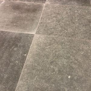 Eurostone NV - Keramische Tegels - Petit Granit Grey Vintage Rect. - 60 X 60 X 0,90